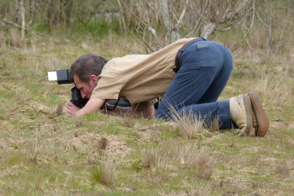 Une position pour faire des photos floues :-) - Copyright D. Leroy